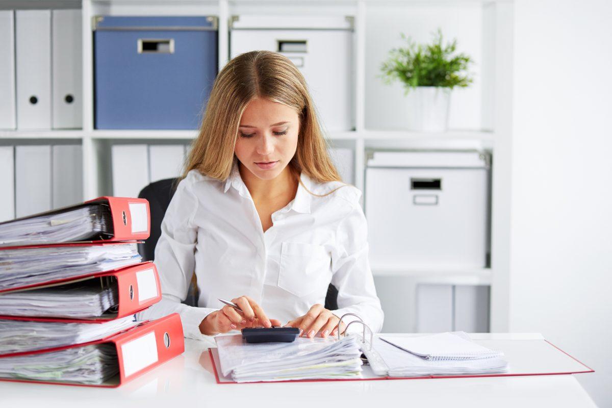 Prowadzenie kadr i płac przez biuro rachunkowe w Chorzowie.