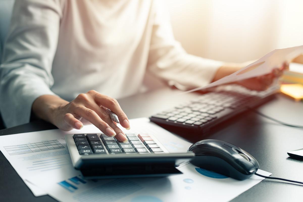 Prowadzenie podatkowej księgi przychodów i rozchodów przez biuro rachunkowe w Chorzowie.